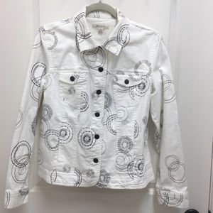 JM Collection white jean jacket with embroidery